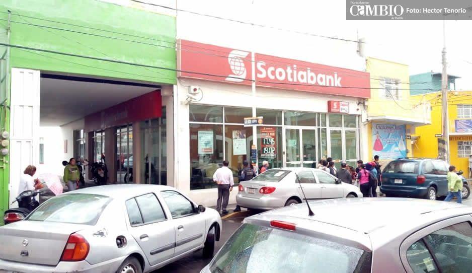 Sujetos armados asaltan sucursal de Scotiabank en Texmelucan