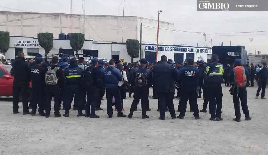 Crece la desesperación en policías de Texmelucan detenidos