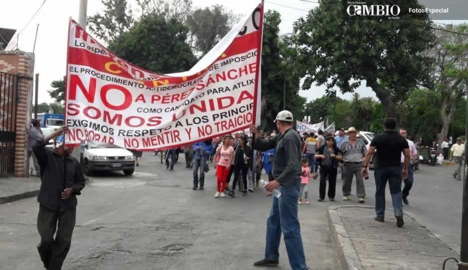 De nueva cuenta atlixquenes marchan en contra de Pérez Sánchez