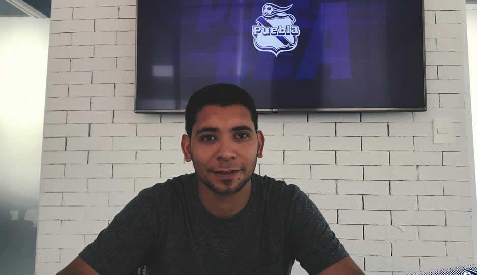 Puebla firma a Chorrigol por 3 años