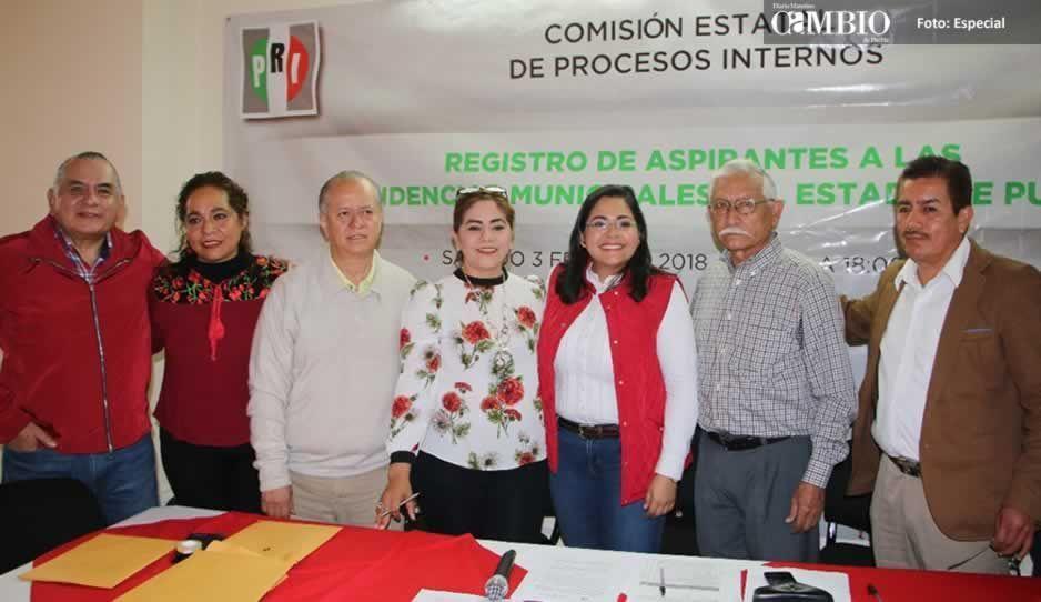Lupita Vargas se registra por el PRI como precandidata a la alcaldía de Xicotepec