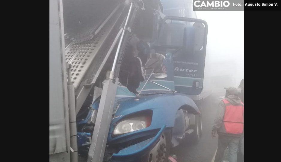 Abren la Puebla-Orizaba tras carambola, no se reportan más decesos