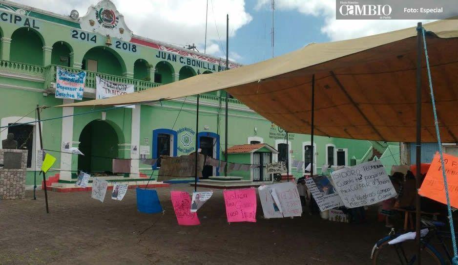 Aseguran pobladores de Juan C. Bonilla que no permitirán instalación de casillas