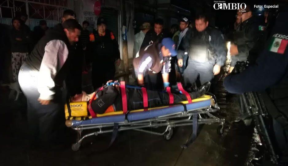 Policía salva de golpiza a rata y termina lesionado en Texmelucan