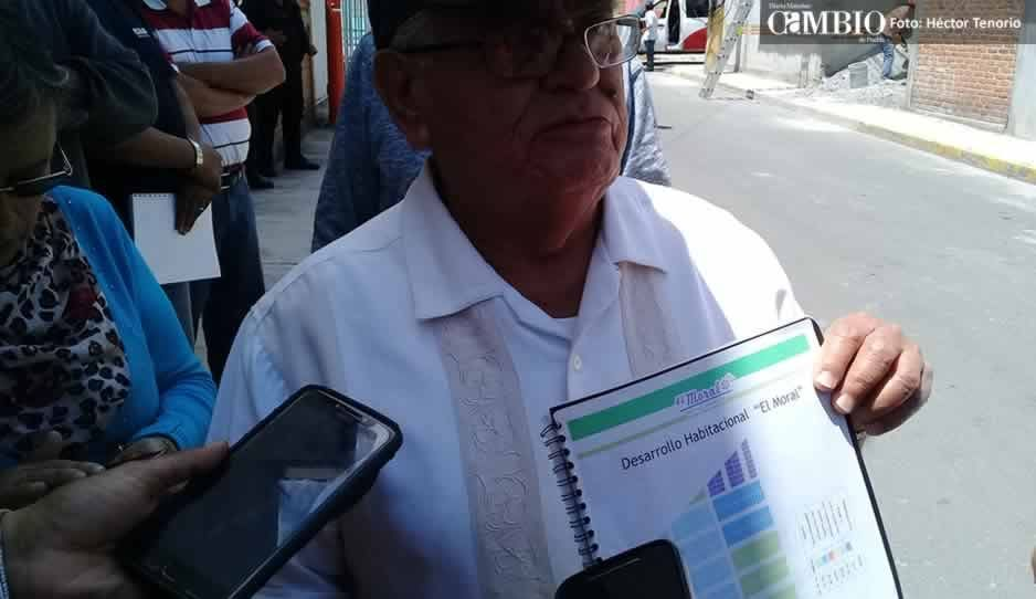 Vecinos de la unidad de El Moral en Texmelucan acusan despojo de áreas verdes