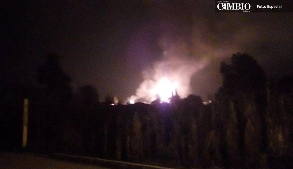 Explotan pipas de gas en San Jerónimo Ocotitlán