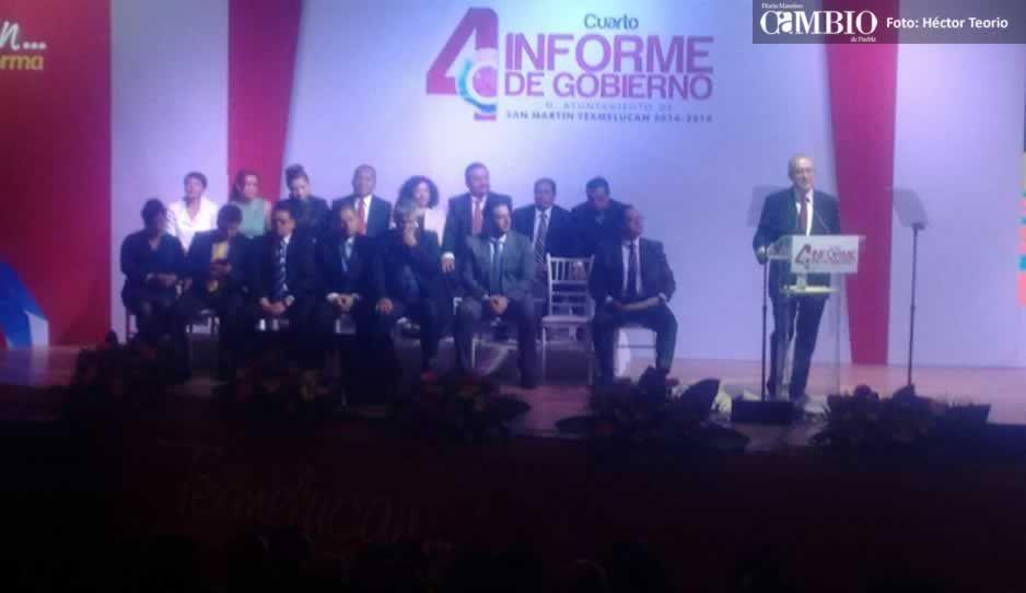 Rafael Núñez hace drama durante su cuarto informe
