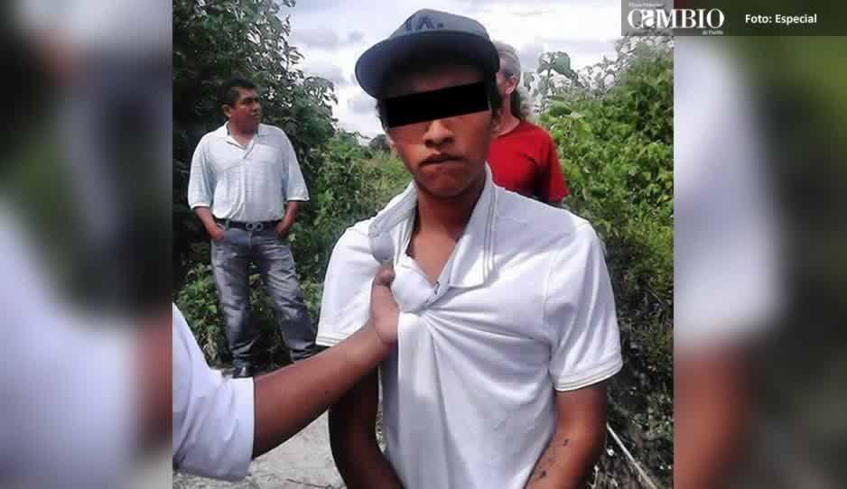 Policías de Coronango salvan a ladrón de ser linchado en Misiones de San Francisco