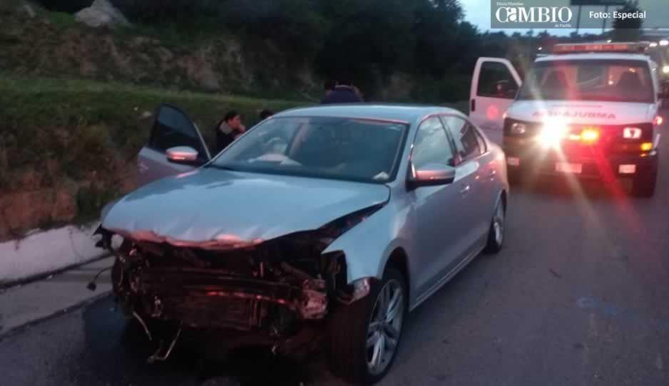 Choque en la México-Puebla deja una mujer lesionada