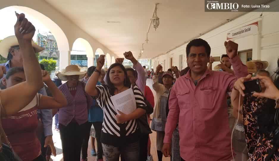 Aarón no se murió, Antorcha lo mató: siguen las protestas en Santa Clara Ocoyucan