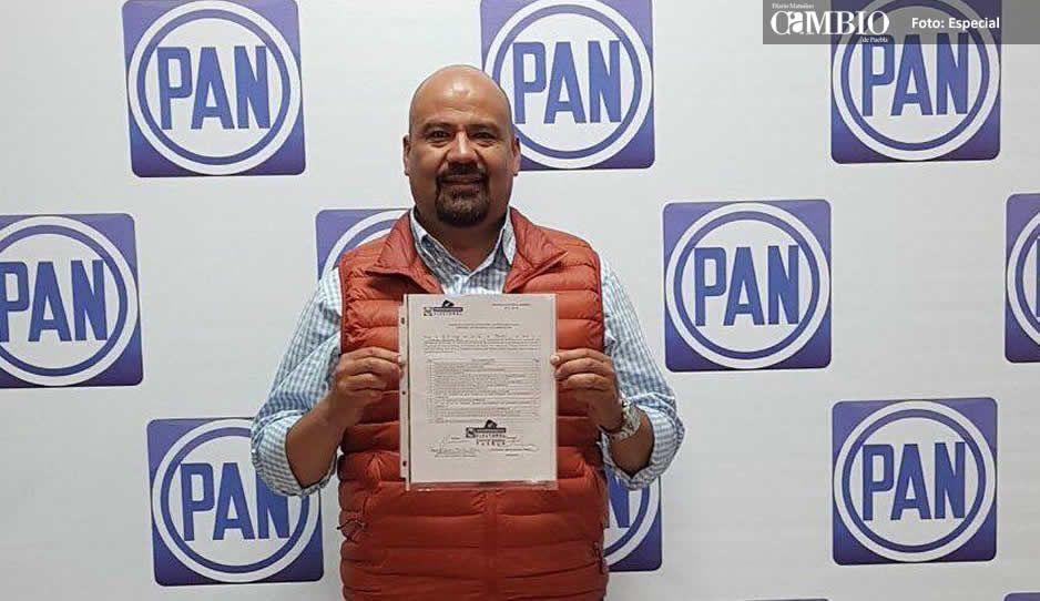 Candidato del PAN en Tlalancaleca se aferra a su cargo en Texmelucan