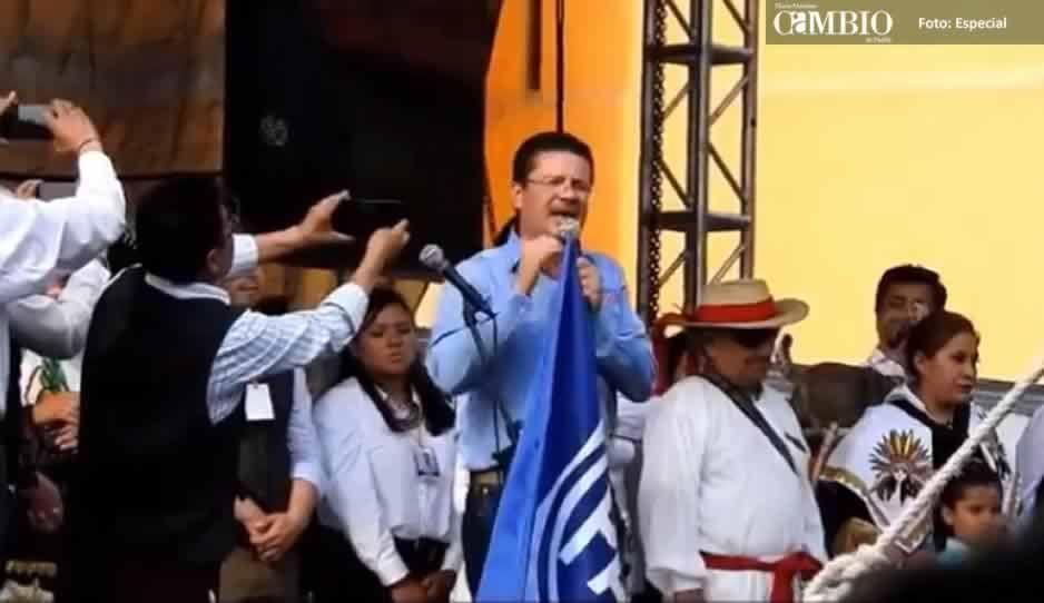 VIDEO: Lorenzini pide voto para él y MEA pero afirma que los diputados del PAN no importan