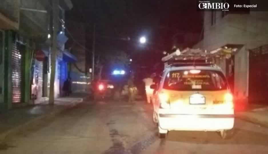 Policía militar asegura unidad con huachicol en Texmelucan