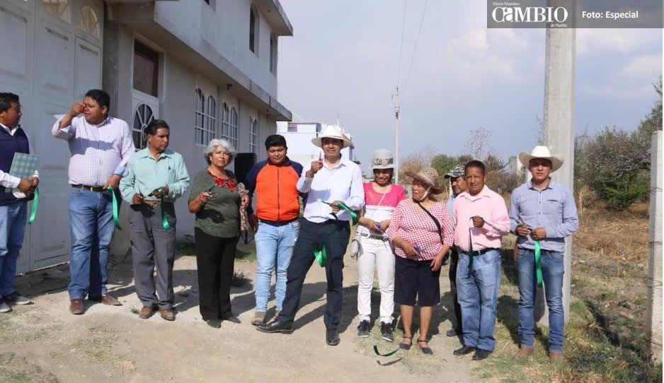 En Huejotzingo invierten más de 2.5 millones en electrificaciones