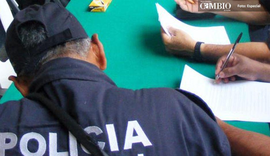 El presidente municipal de Atempan destituyó a 19 elementos policiacos, por no aprobar el examen de confianza