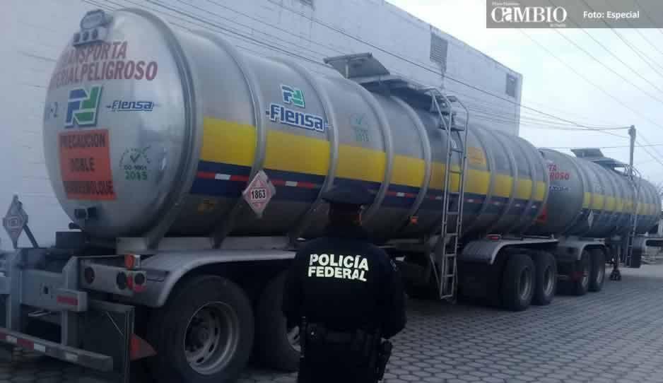 Policía Federal recupera cerca de 62 litros de combustible para motores de turbinas