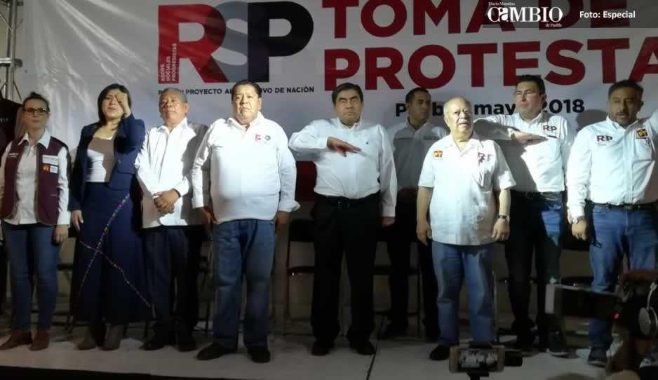 Barbosa ofrece recontratar a maestros despedidos por Reforma Educativa