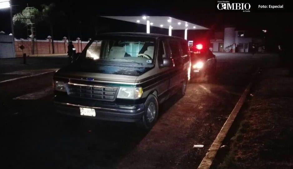 Policía Federal asegura camioneta huachicolera en Texmelucan