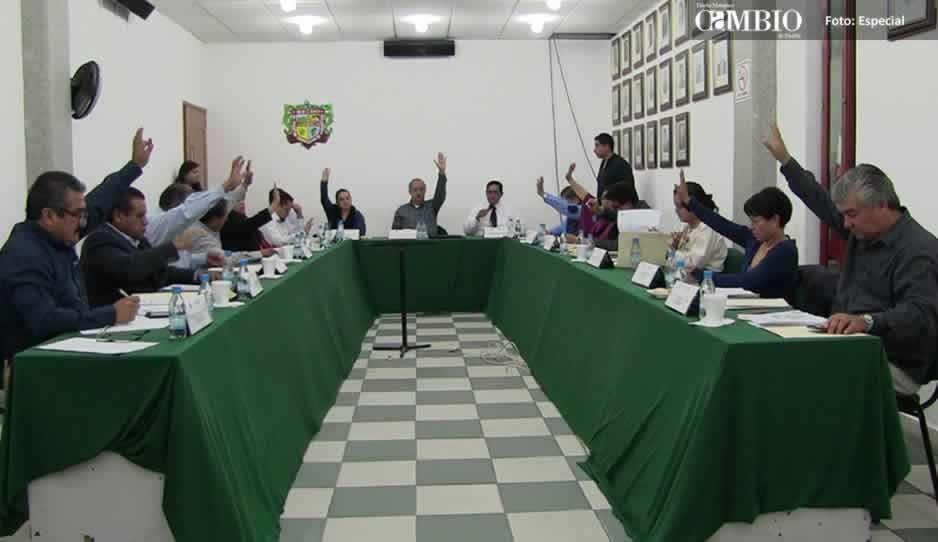 Regidores de Texmelucan pagarán hasta 100 mil pesos por ampararse