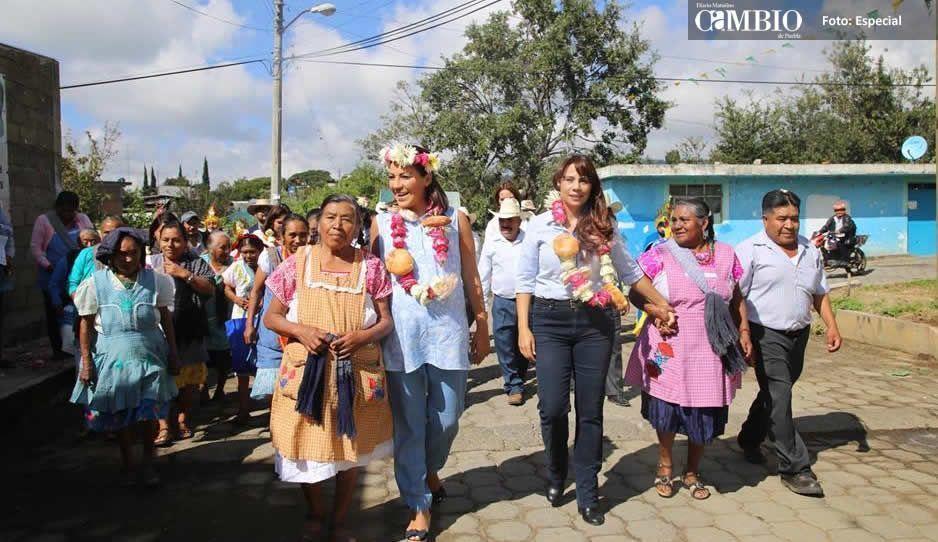 Conmemoran el Día de la Mujer Indígena en Atlixco