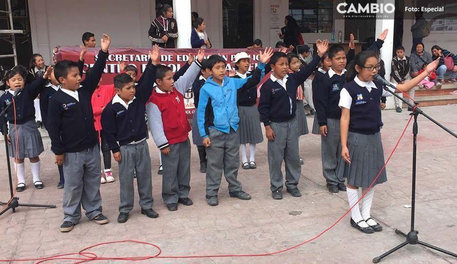 Protestan estudiantes en Ocoyucan con acto cultural