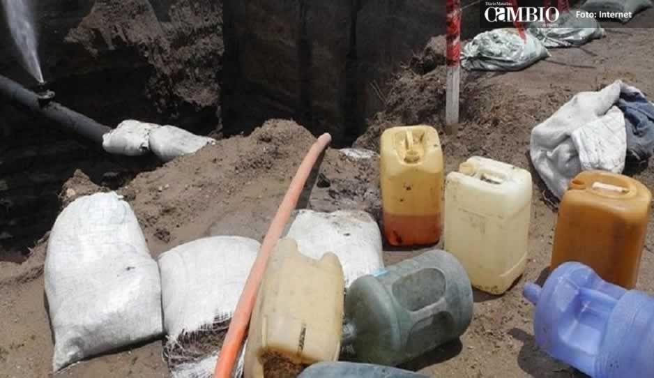 Pobladores de Tláloc hacen rapiña de combustible tras derrame