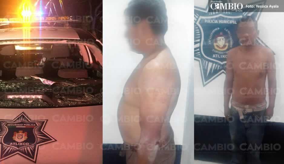 Policías rescatan a dos sujetos de ser colgados; pobladores quemaron un auto y dañaron patrullas