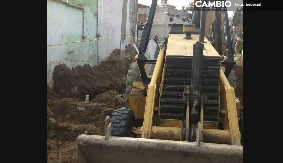Albañil muere al quedar sepultado en las profundidades de un drenaje en Tlalancaleca