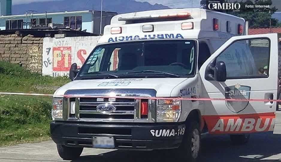 Rescatan a hombre que cayó a una barranca de 8 metros en Tlalancaleca