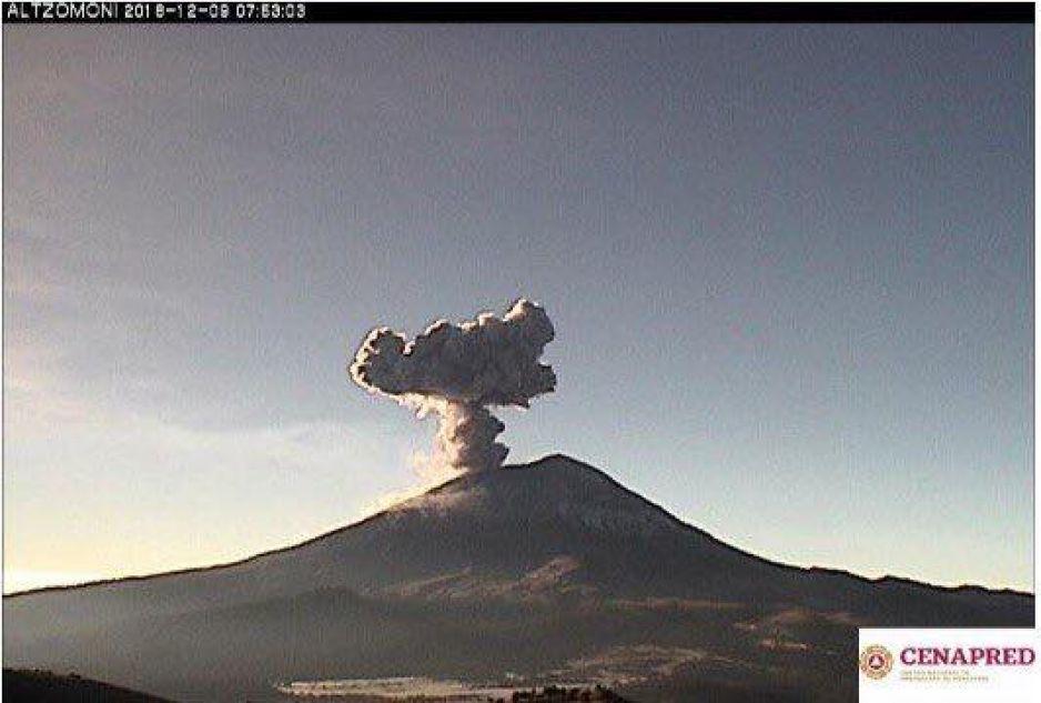 El volcán Popocatepetl registró esta mañana una explosión