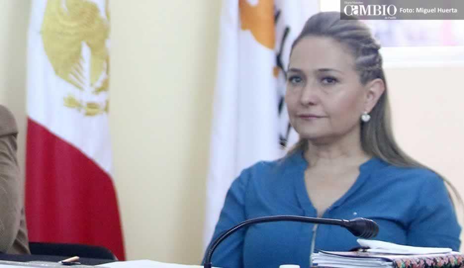Se registra Barbosa; pide debate con candidatos