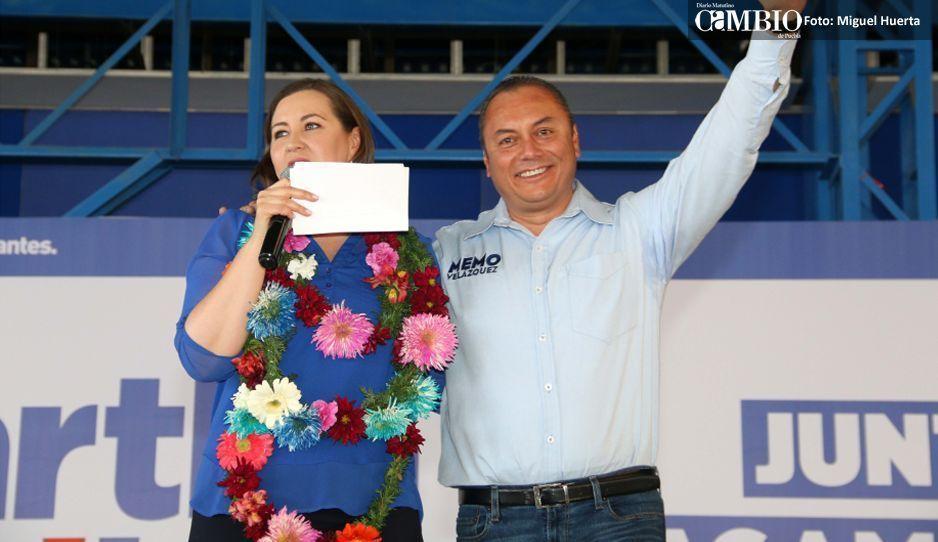 Alcalde de Atlixco felicita a Martha Erika como gobernadora de Puebla