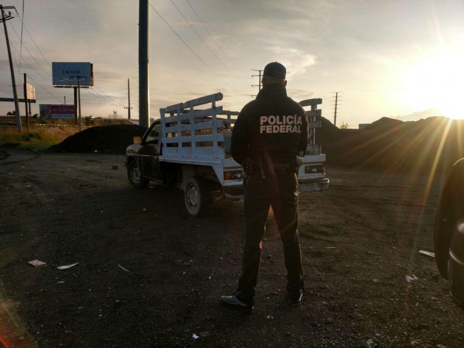PF asegura camioneta con huachicol en el boulevard Aeropuerto