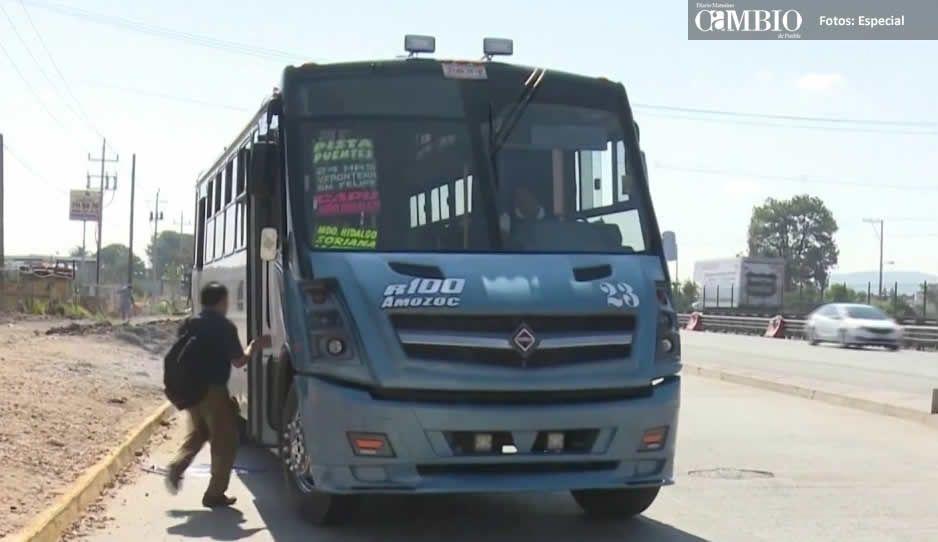 Sujetos armados asaltan a pasajeros de la ruta 100  a la altura del puente de Xonacatepec