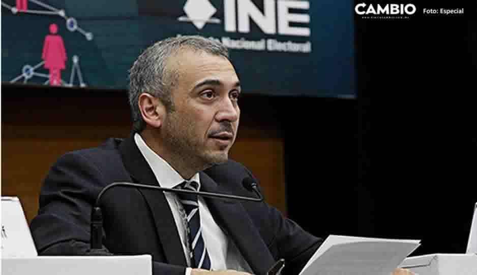 Desechan impugnación de consejero del INE por reducción salarial