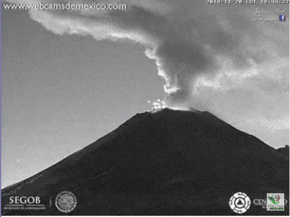 Volcán Popocatépetl arroja fragmentos incadescentes (FOTOS)