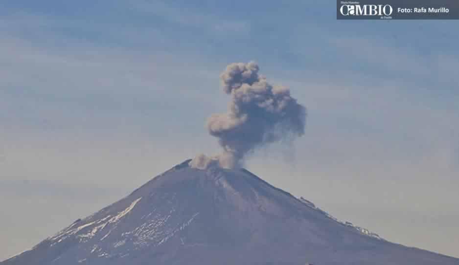 Más de  68 exhalaciones emitió el Popocatépetl este domingo