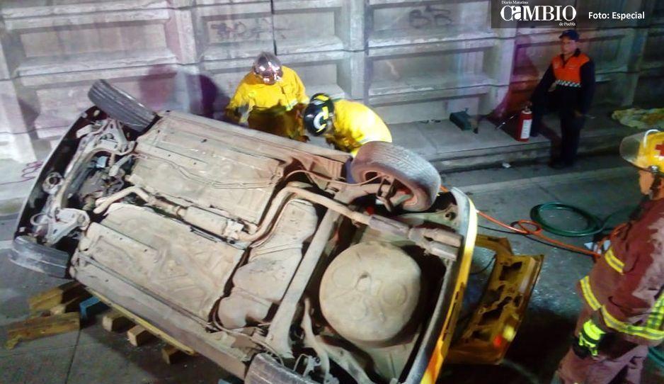 5 muertos deja la volcadura de un vehículo en la Puebla-Orizaba