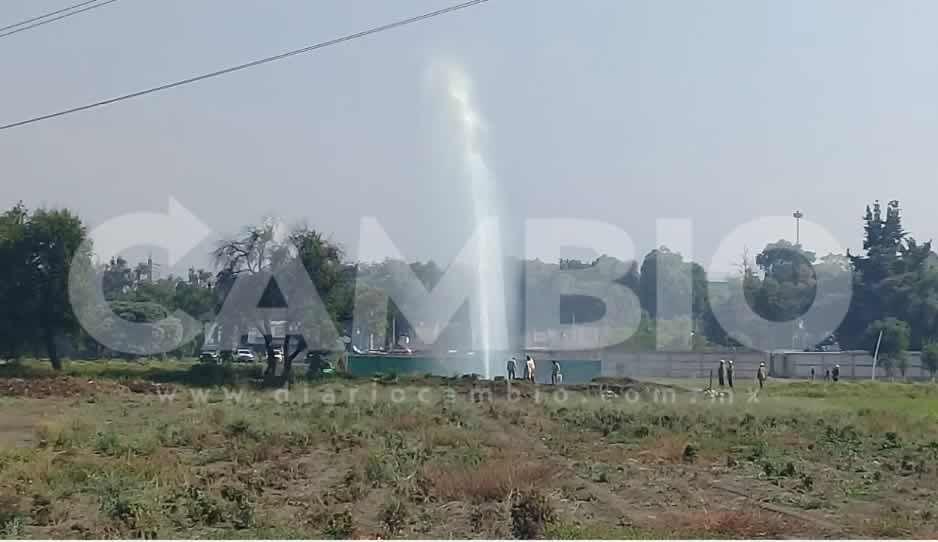 VIDEO: Desalojan escuela tras mega fuga de combustible en Texmelucan