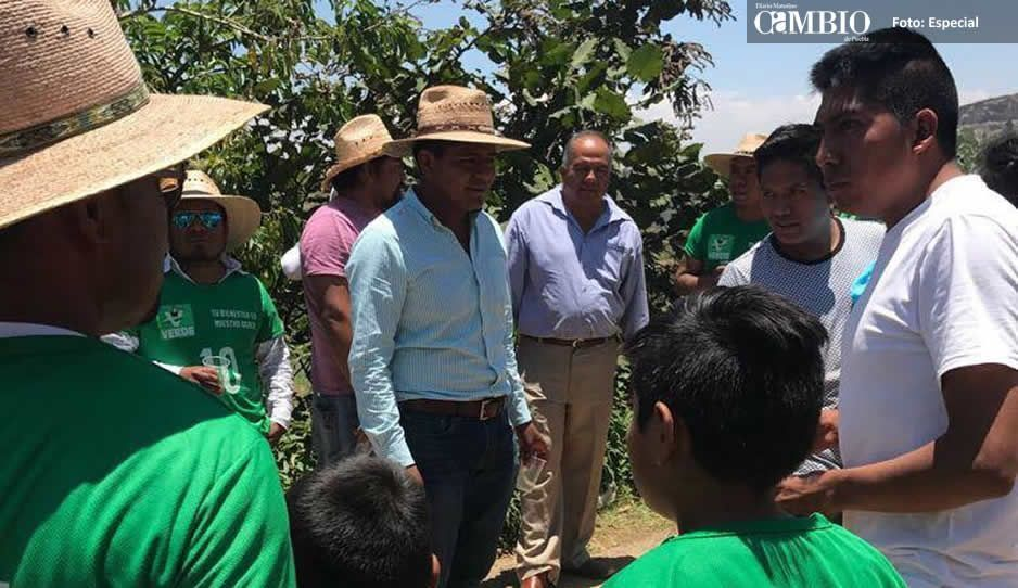 Caravana en Ocoyucan a favor de Marco Juárez
