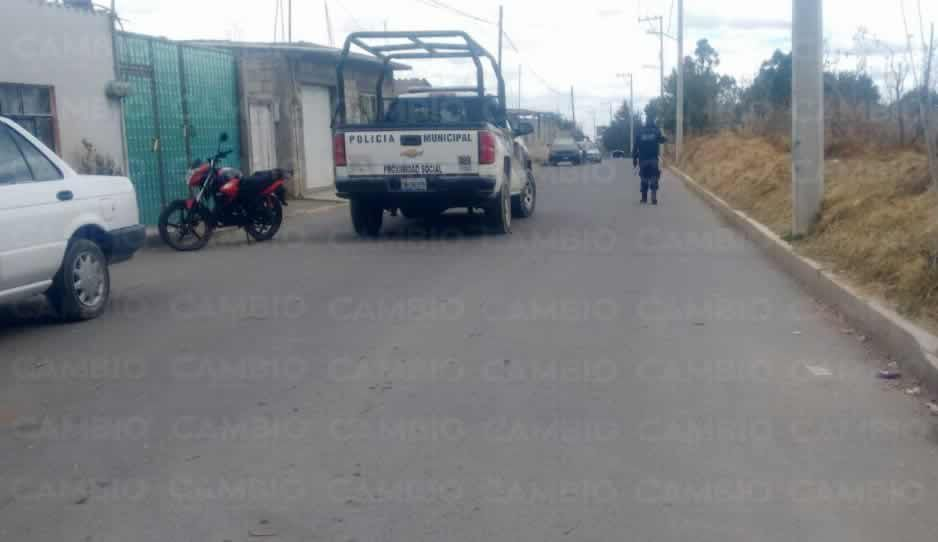 VIDEO: Policías federales y presuntos delincuentes se enfrentan en Chiautzingo