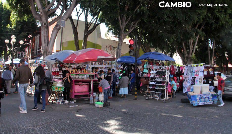 Ayuntamiento propone mercados rodantes para resolver ambulantaje