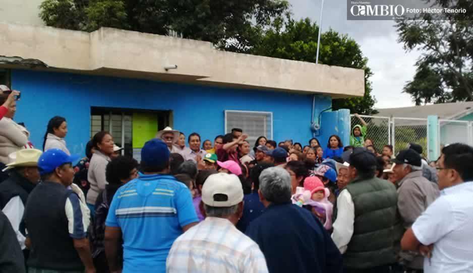 Revientan asamblea en la que se pretendía renovar al Comité del Agua Potable de Moyotzingo