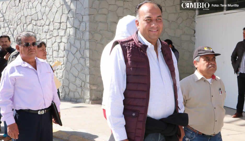 Barbosa no tiene la obligación de explicar sus viajes: David Méndez
