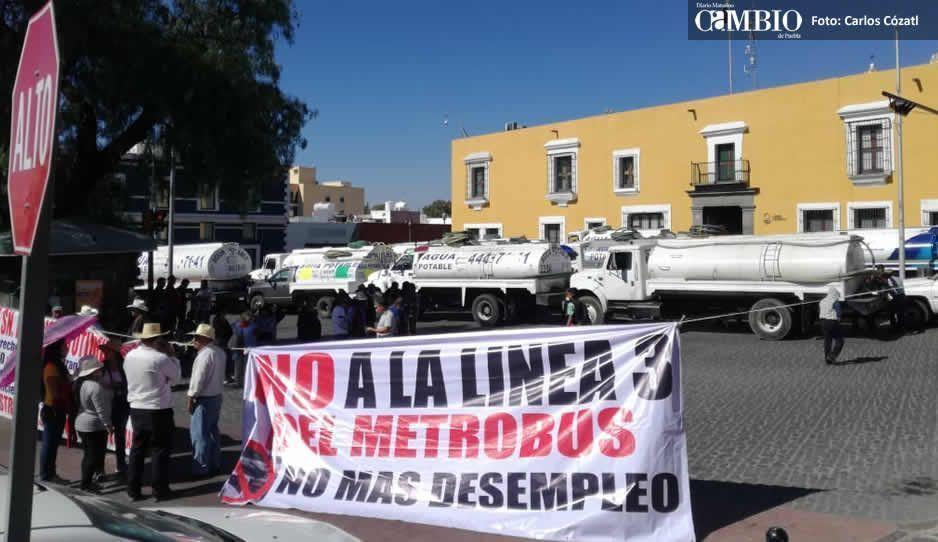Piperos se manifiestan en Casa Aguayo por inseguridad, denuncian hasta 4 robos por semana