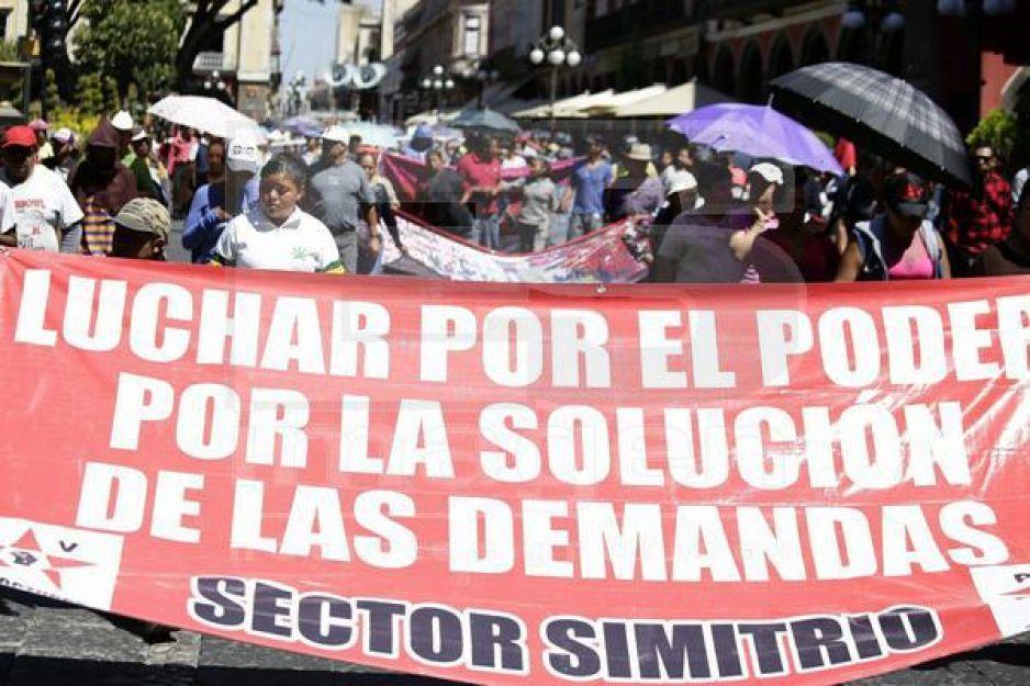 28 de Octubre realiza manifestación en apoyo a los maestros del CNTE