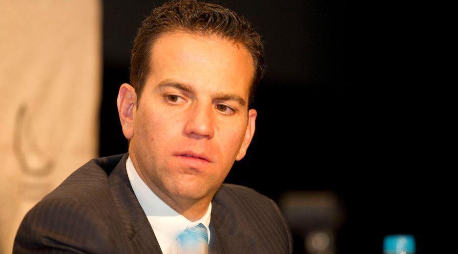 Se va Loret, llega Julio Hernández: Radio Centro anuncia programa del Astillero