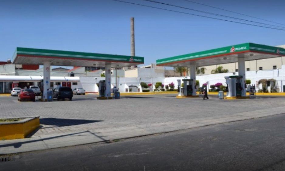 Comando armado atraca gasolinera en San Matías y recibe a balazos a policías