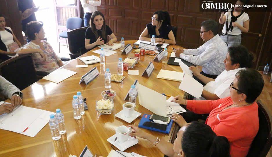 Aprueban a Fuentes como encargada de la Comisión de Servicios Públicos y Arabyan de Infraestructura