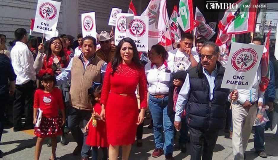 Presidenta de Atzitzihuacán pide licencia tras rendir su cuarto informe
